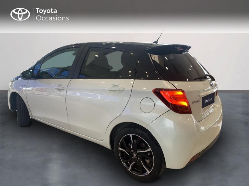 TOYOTA Yaris 100h Collection 5p - 2