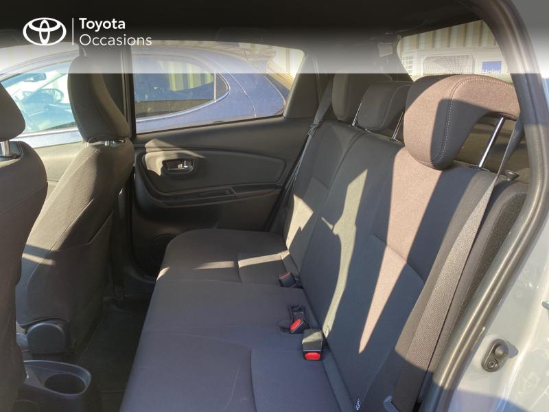 TOYOTA Yaris 100h Collection 5p RC18 - 7