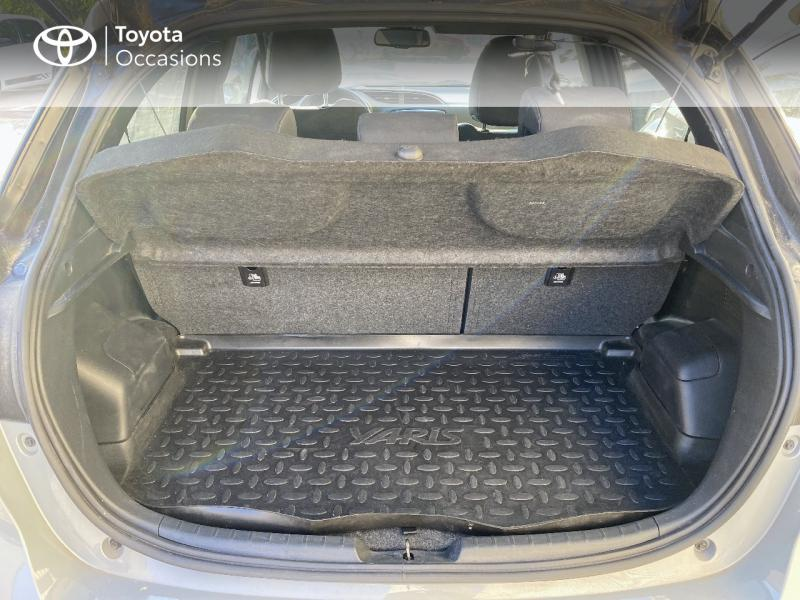 TOYOTA Yaris 100h Collection 5p RC18 - 10
