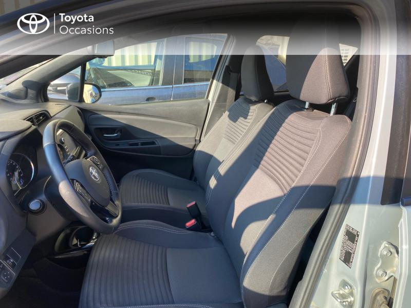TOYOTA Yaris 100h Collection 5p RC18 - 11