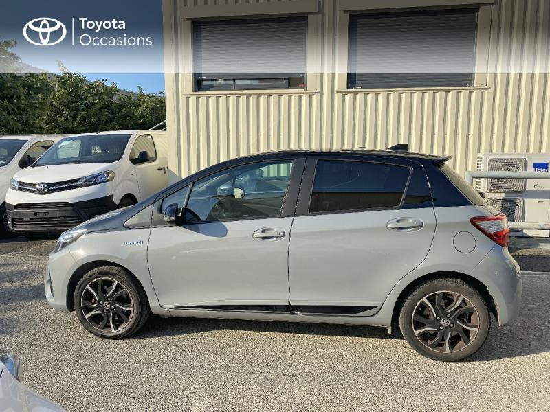 TOYOTA Yaris 100h Collection 5p RC18 - 19