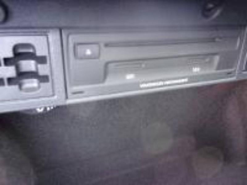 VOLKSWAGEN e-Golf 136ch - 17
