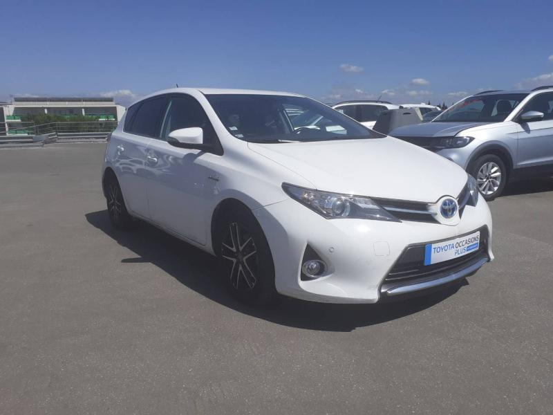 TOYOTA Auris HSD 136h Feel! - 2