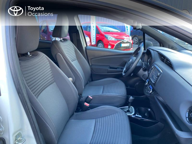 TOYOTA Yaris 100h Collection 5p - 6