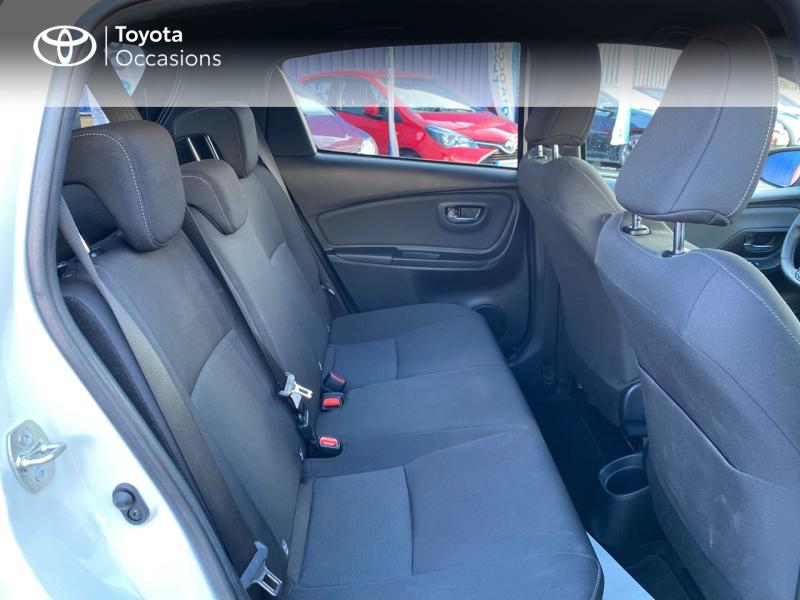 TOYOTA Yaris 100h Collection 5p - 7