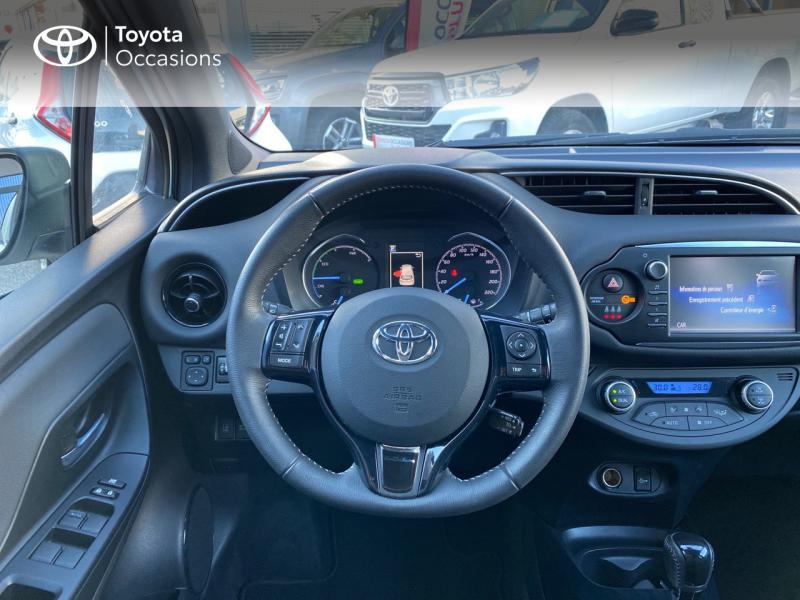 TOYOTA Yaris 100h Collection 5p - 9