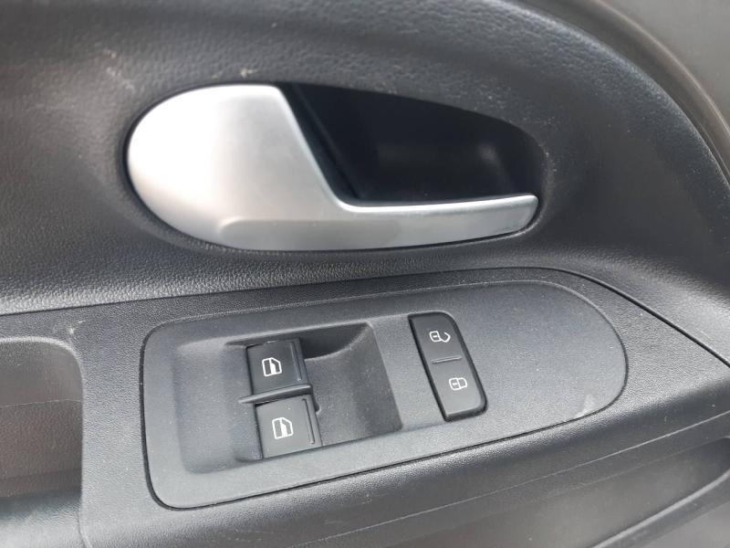 VOLKSWAGEN up! 1.0 60ch BlueMotion Technology IQ.Drive 5p Euro6d-T - 12