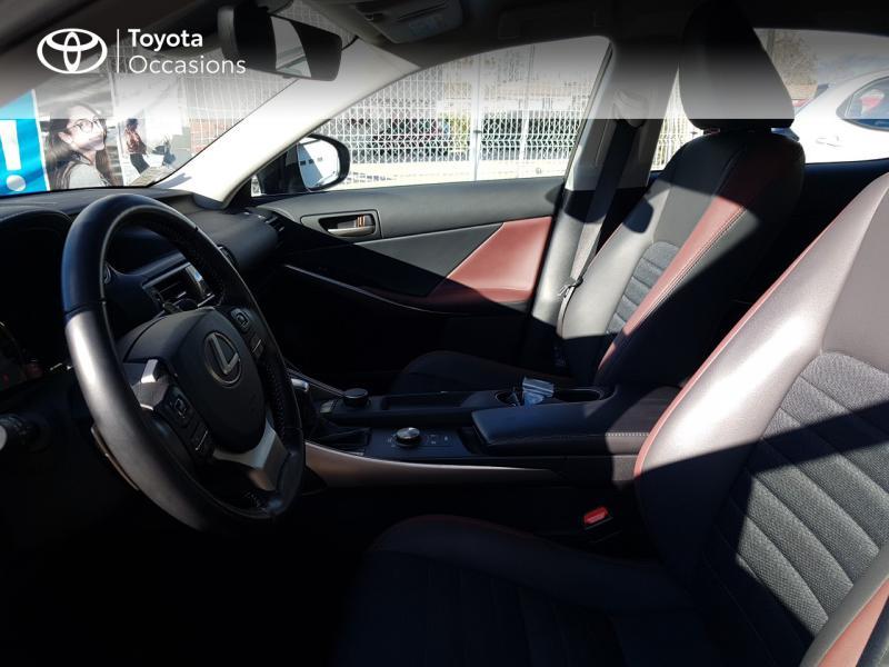 LEXUS IS 300h Sport Edition Euro6d-T - 11
